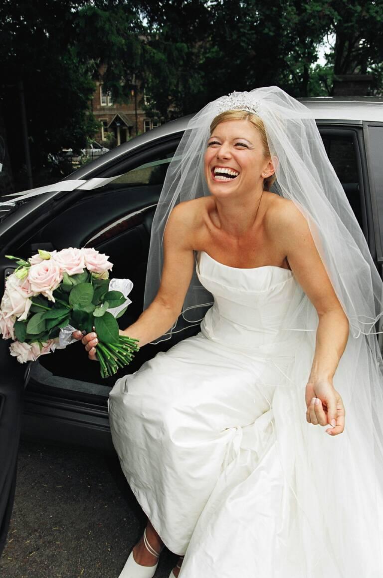 В чем пойти на свадьбу женщине: фото. Что можно одеть на